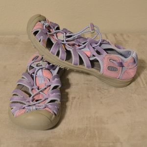 Keen Youth Shoes Purple and Pink size 4